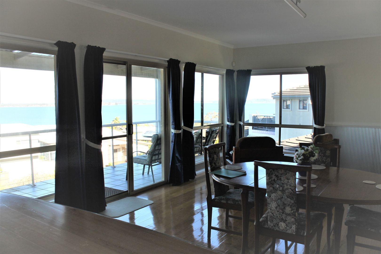 6a The Shores Way, Belmont NSW 2280, Image 2