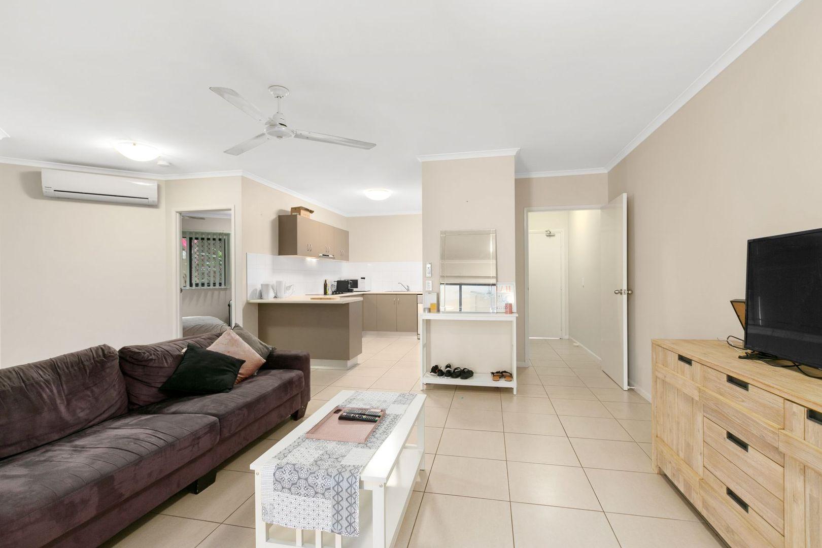 18/335 Lake Street, Cairns North QLD 4870, Image 2