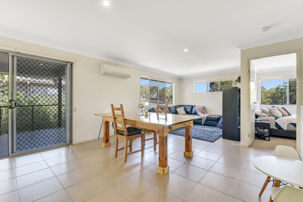 23 Dunk Place, Little Mountain QLD 4551, Image 2