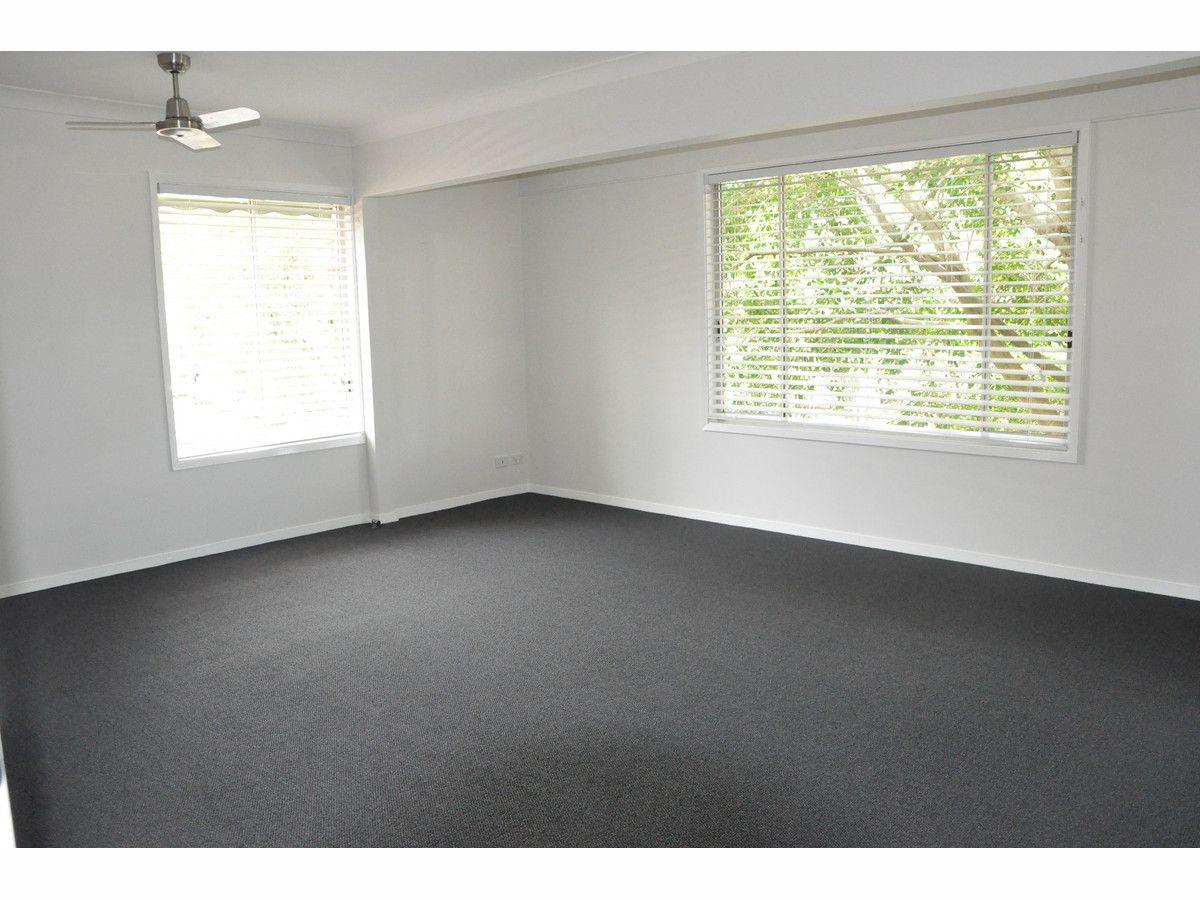 24 Lakedge Avenue, Berkeley Vale NSW 2261, Image 1