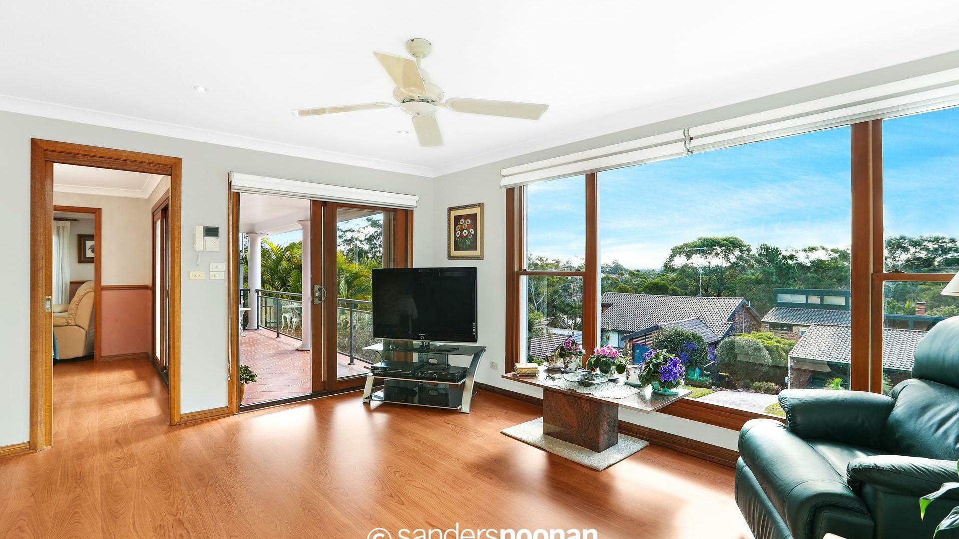 3 Tallowwood Avenue, Lugarno NSW 2210, Image 1