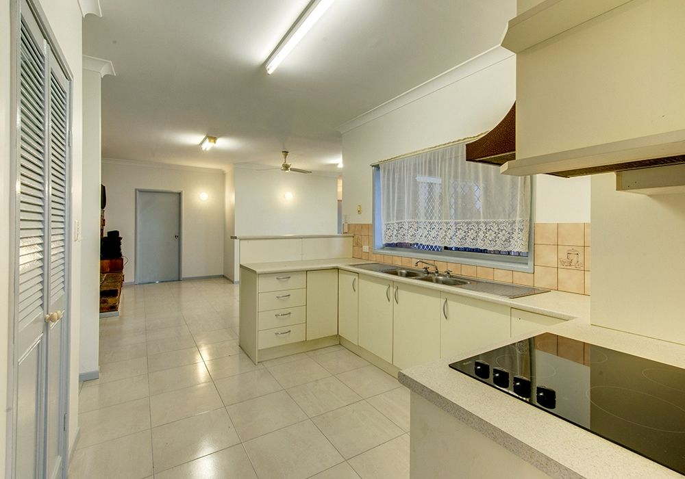 49 Rosemary Street, Bellbird Park QLD 4300, Image 2