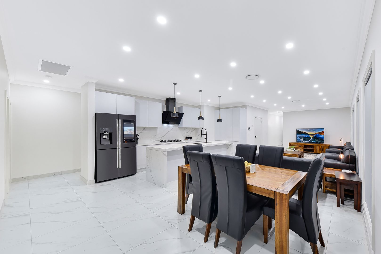 5 Heathfield Avenue, Airds NSW 2560, Image 2