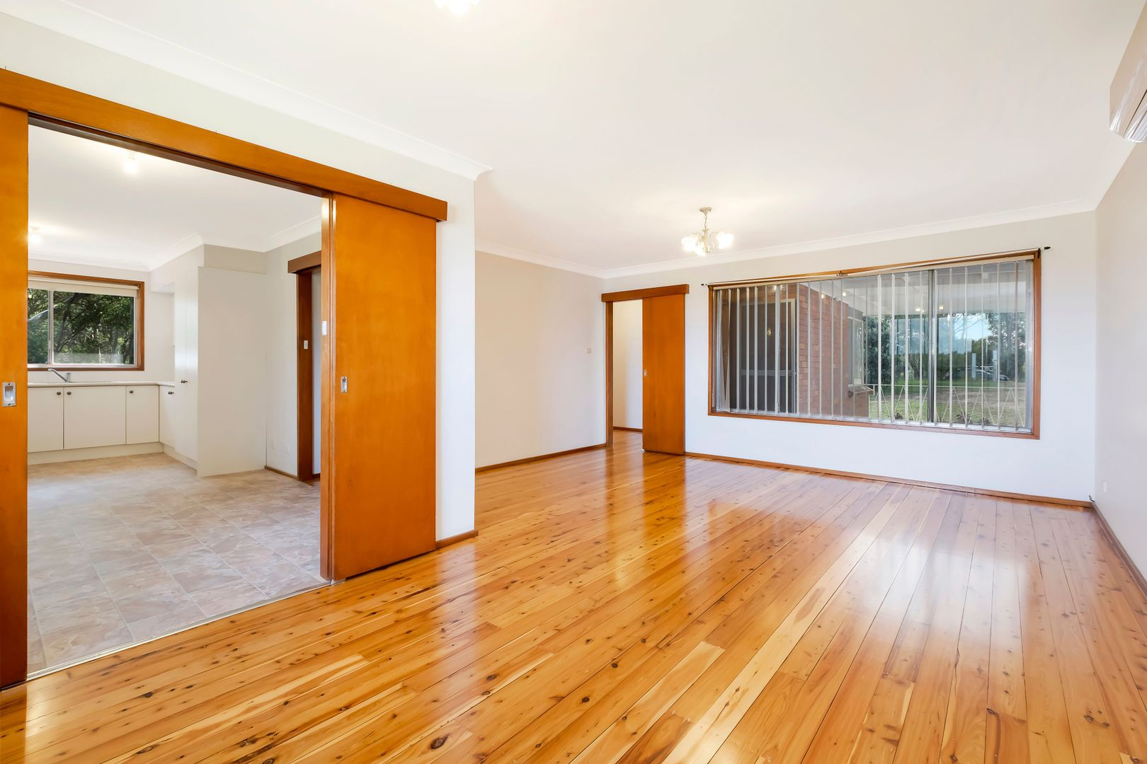 94 Commercial Road, Vineyard NSW 2765, Image 2