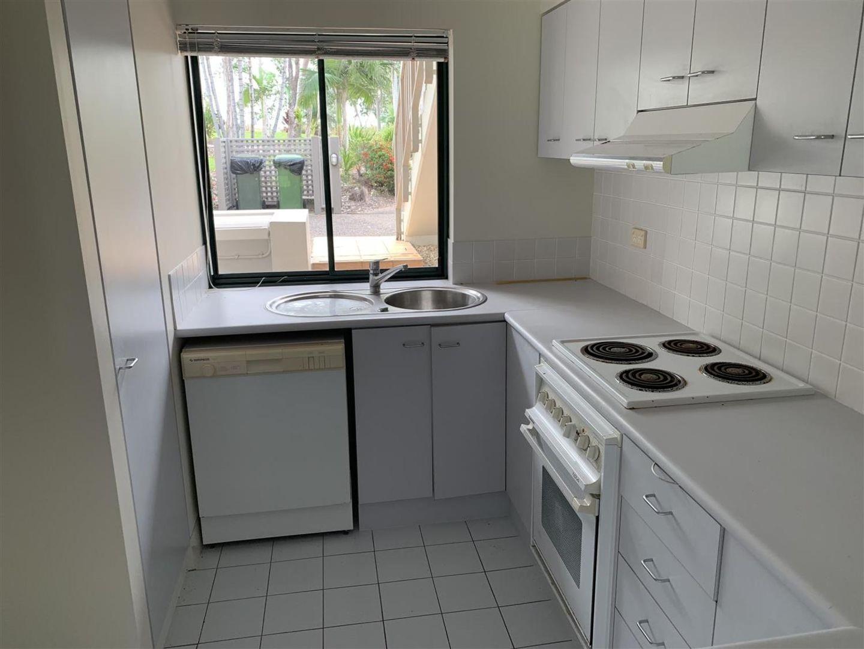 Unit 1411 Cascade Condominiums, Laguna Quays QLD 4800, Image 2