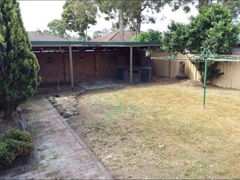 21 Manila Road, Lethbridge Park NSW 2770, Image 1