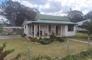 Picture of 13 Devoncourt Road, Crows Nest QLD 4355