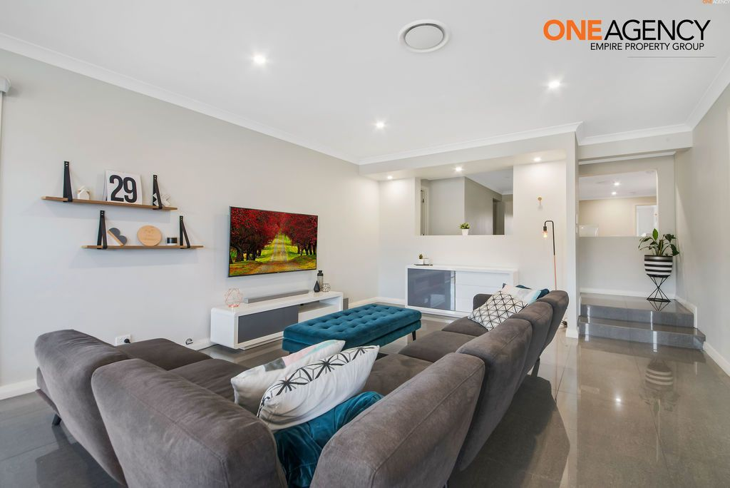 106 Heritage Heights Circuit, St Helens Park NSW 2560, Image 2