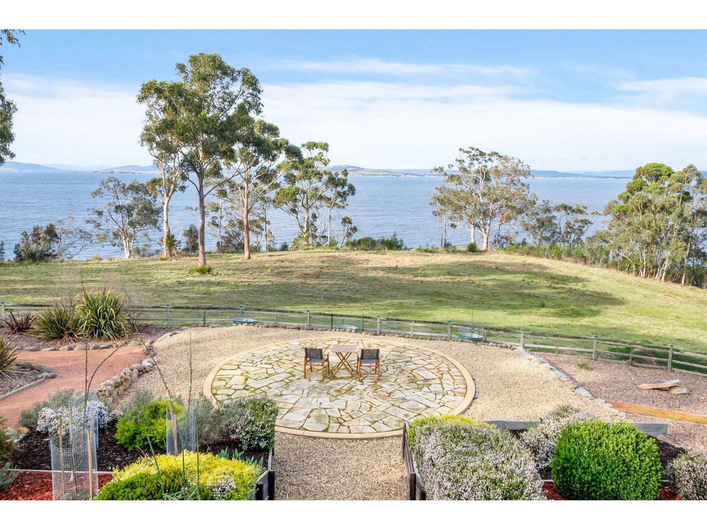 55 Fossil Cove Drive, Blackmans Bay TAS 7052, Image 2