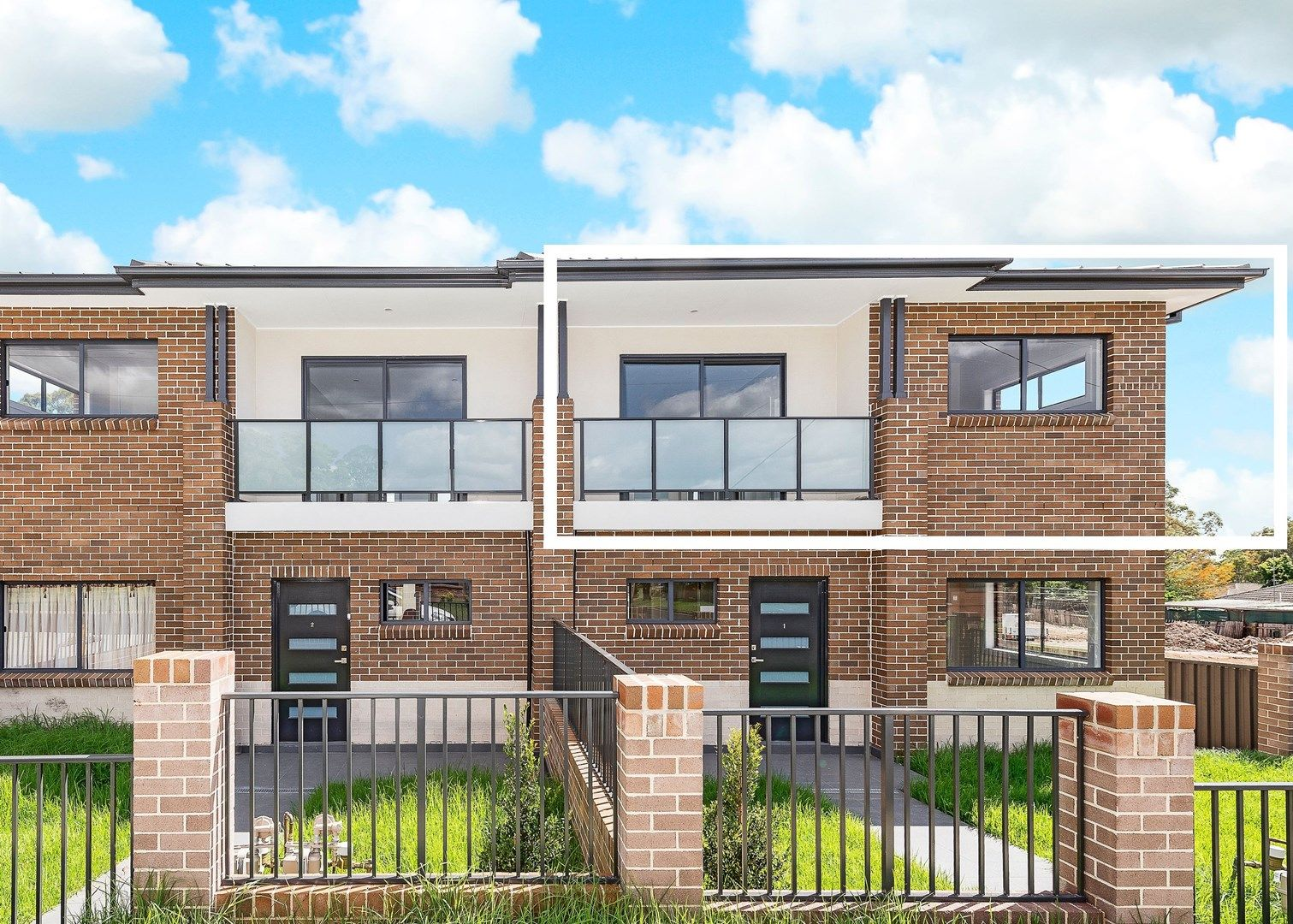 10/26-28 Third Avenue, Macquarie Fields NSW 2564, Image 0