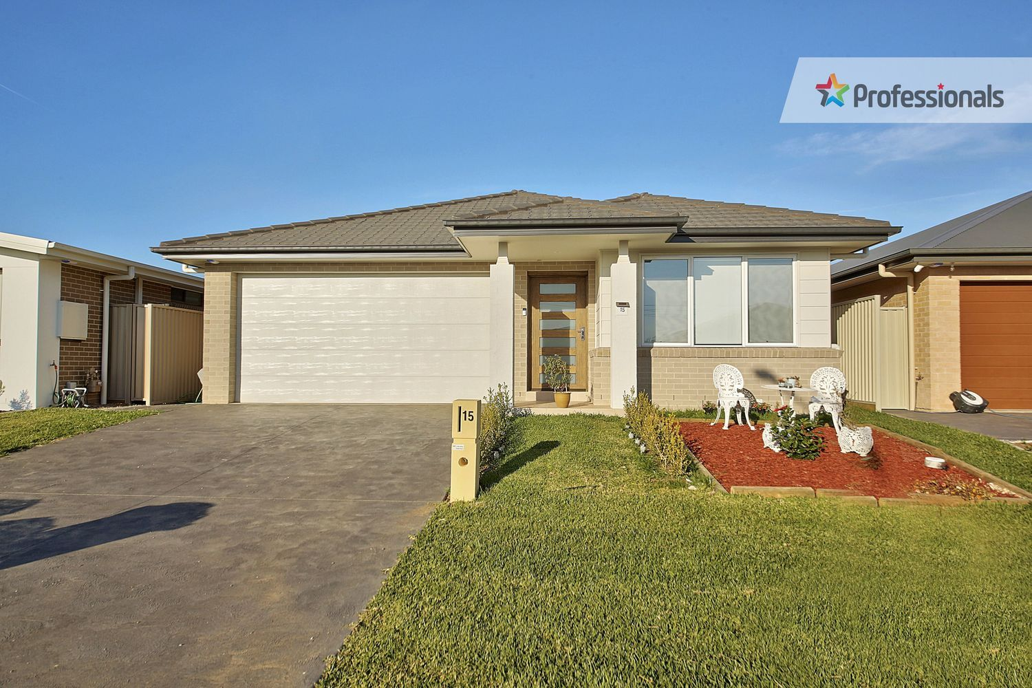 15 Narooma Street, Gregory Hills NSW 2557, Image 0