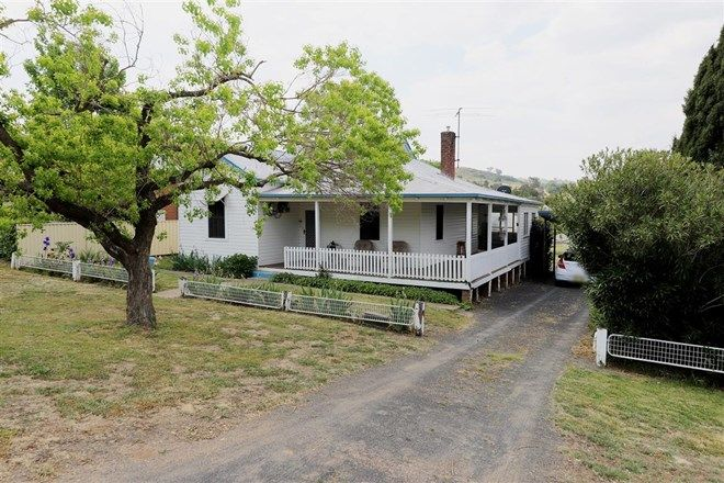 Picture of 48 Lynch Street, ADELONG NSW 2729