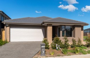 Picture of 91 Karawarra Circuit, Cranbourne North VIC 3977
