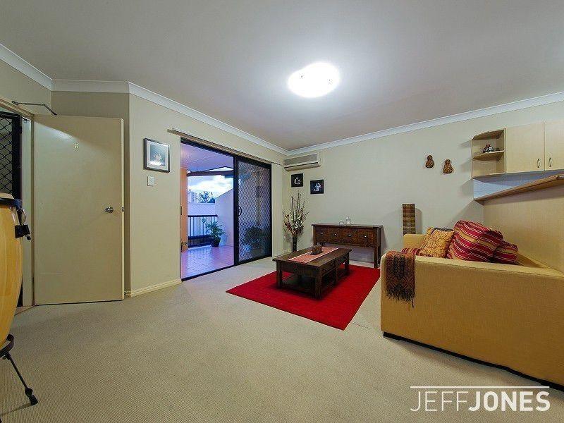 6/64 Longlands Street, East Brisbane QLD 4169, Image 2