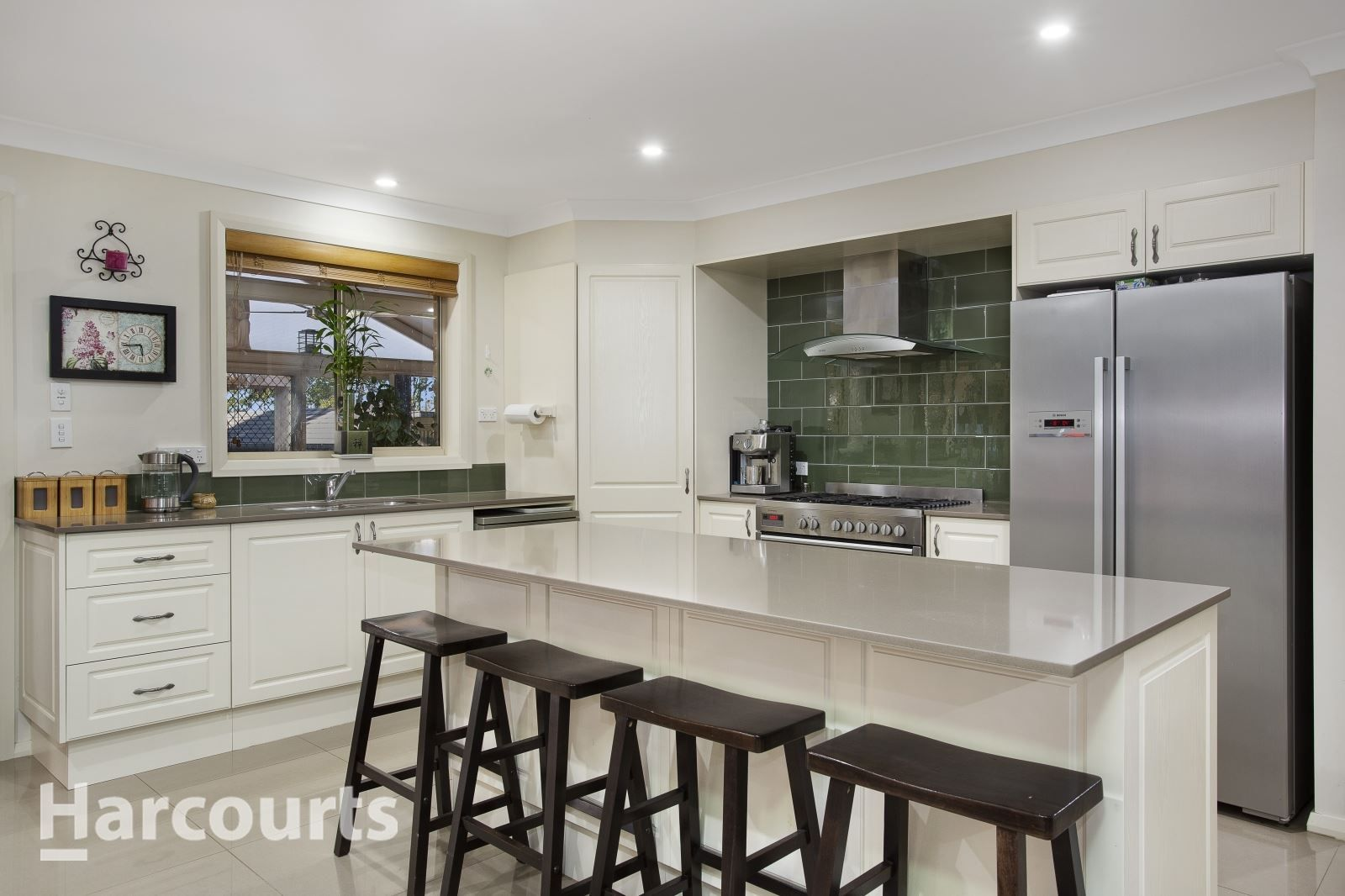 10 Young Avenue, Camden Park NSW 2570, Image 1