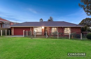 Picture of 16 Peck Avenue, Strathmore VIC 3041