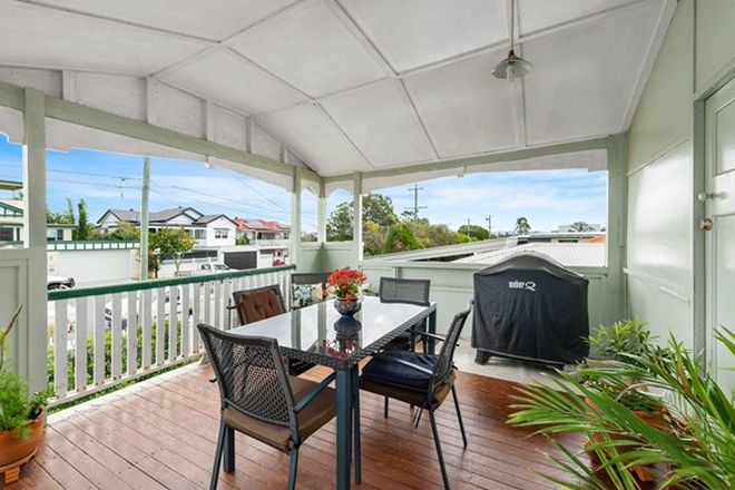 Picture of 39 Nicholson Street, GREENSLOPES QLD 4120