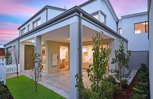 Picture of 77 Clementine Boulevard, Treeby WA 6164