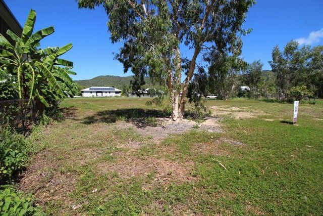 19 Pandanus Drive, Horseshoe Bay QLD 4819, Image 2