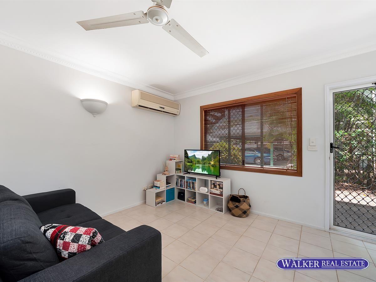 1/15-17 Springfield Crescent, Manoora QLD 4870, Image 1