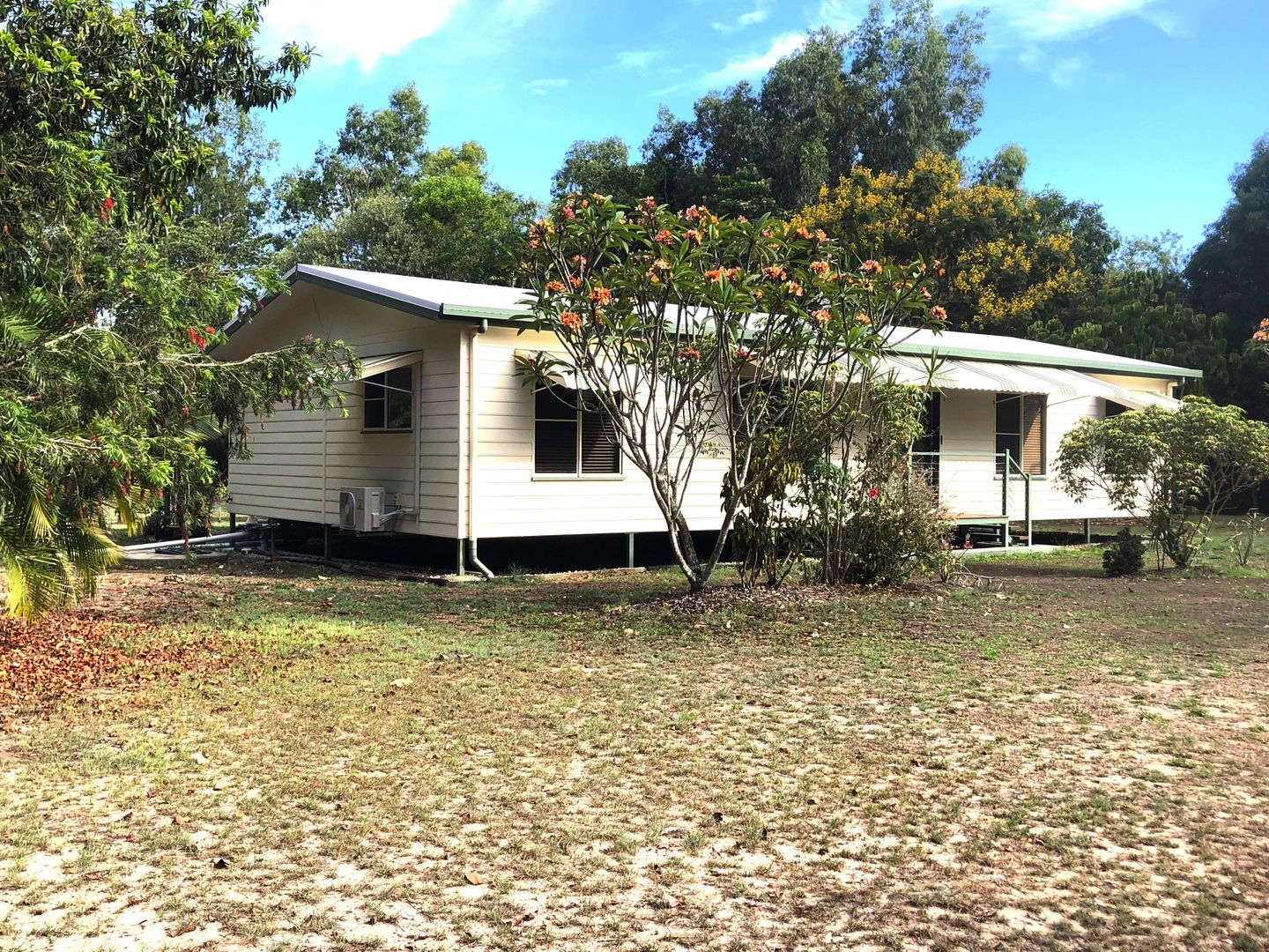 62 Paradise Palm Dr, Tully Heads QLD 4854, Image 0