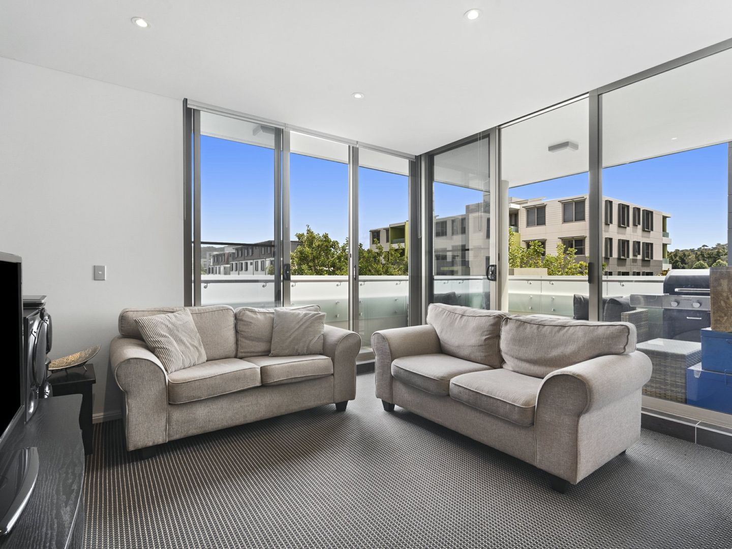 118/3 Mallard Lane, Warriewood NSW 2102, Image 2