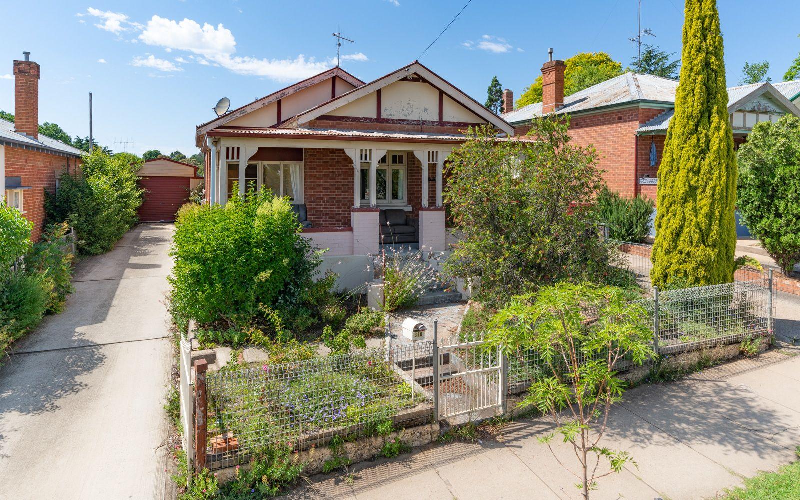 310 STEWART STREET, Bathurst NSW 2795, Image 0