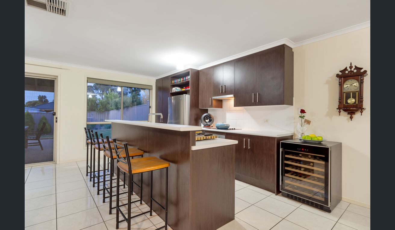 18 Fairview Terrace, Clearview SA 5085, Image 1