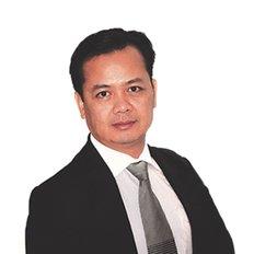 Michael Hieu, Sales representative