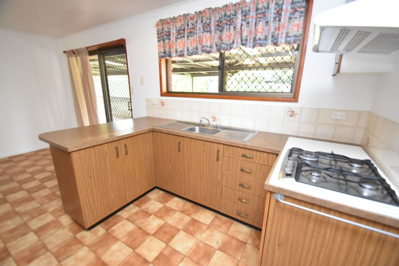 36 Gorman Street, Darling Heights QLD 4350, Image 2