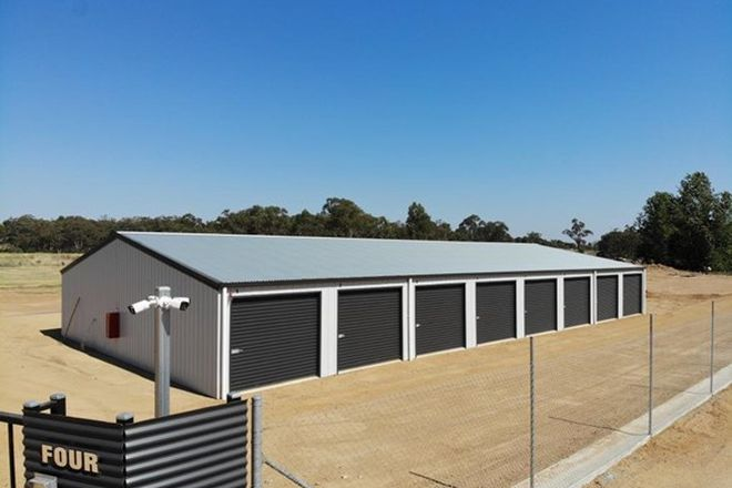 Picture of 4/4 SPRING CREEK ROAD, YOUNG NSW 2594