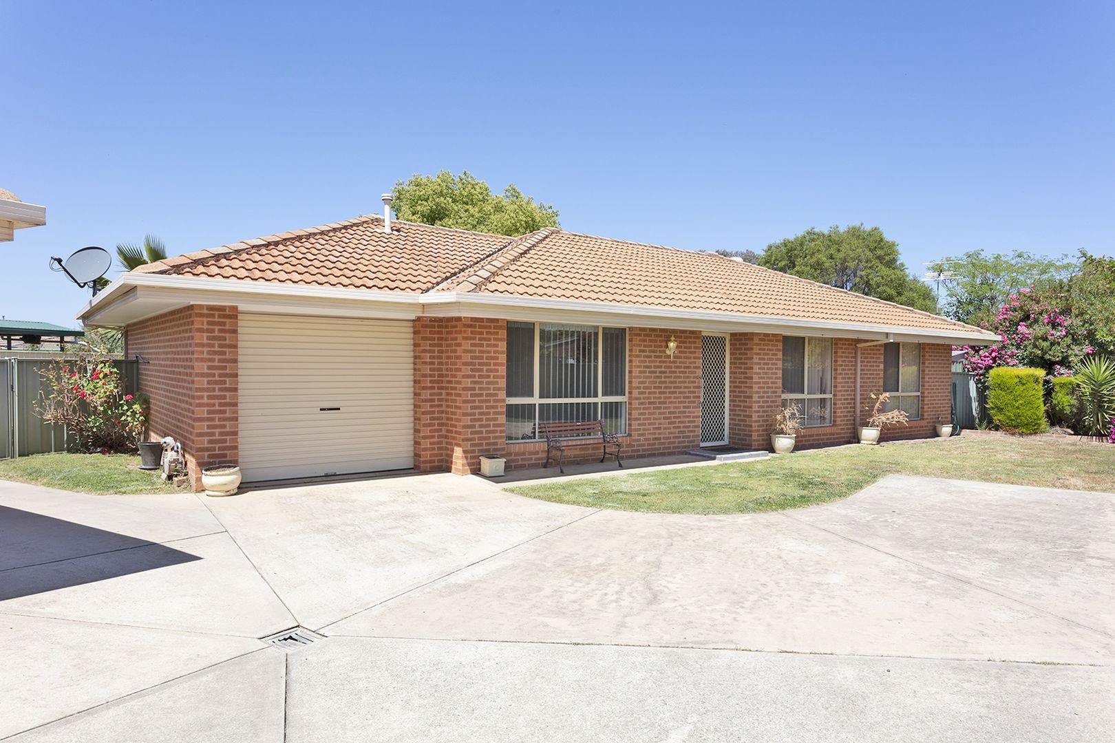 2/34 Saville Avenue, Lavington NSW 2641, Image 0