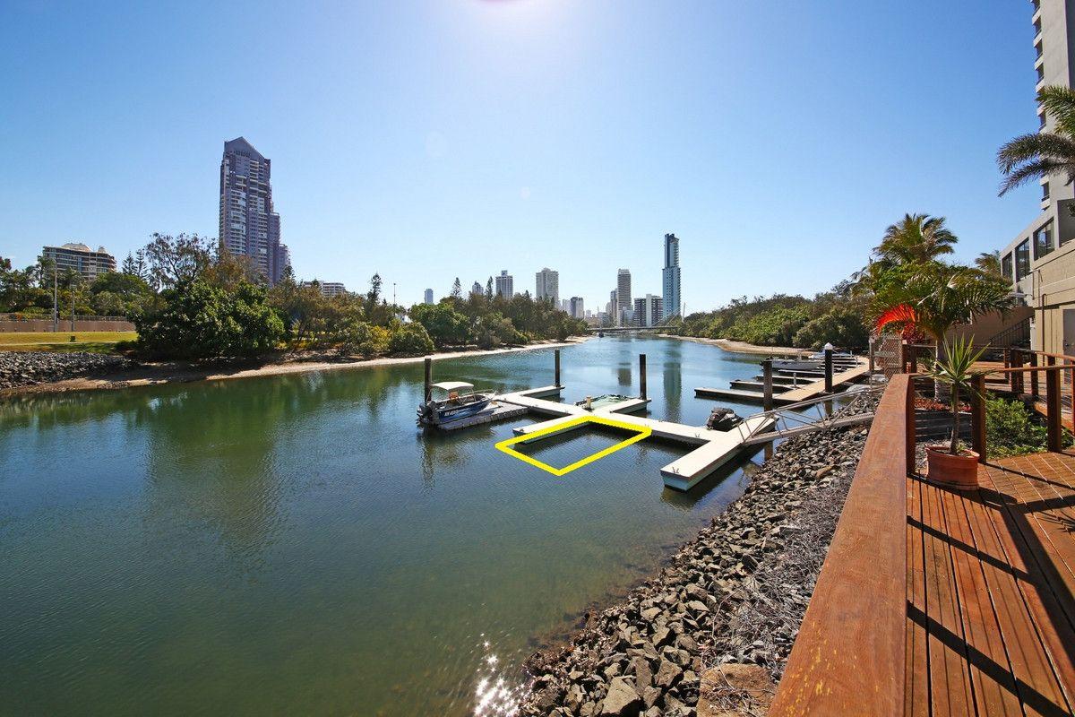 27/204 Ferny Avenue, Surfers Paradise QLD 4217, Image 2