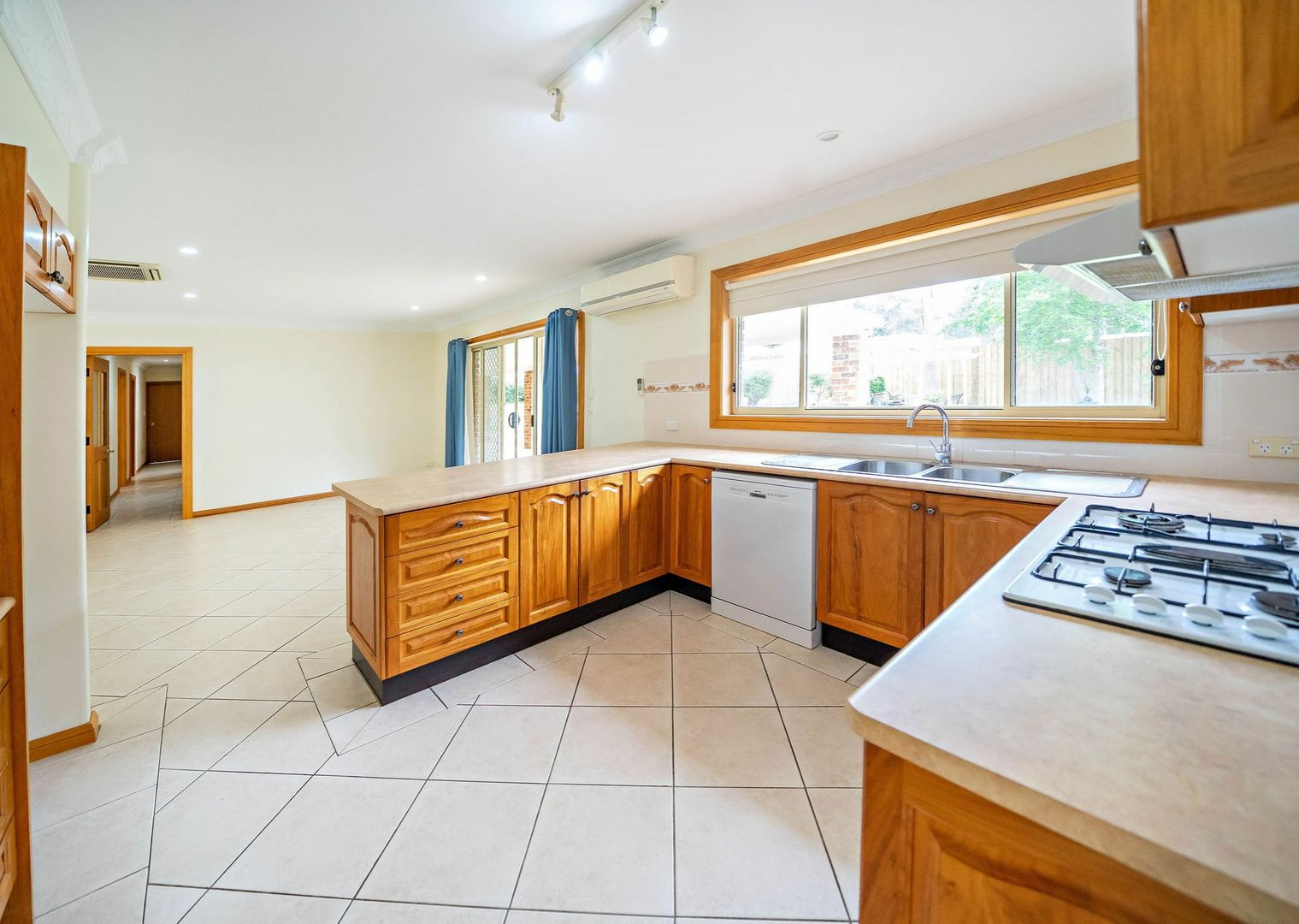 137 Heron Road, Old Bar NSW 2430, Image 2
