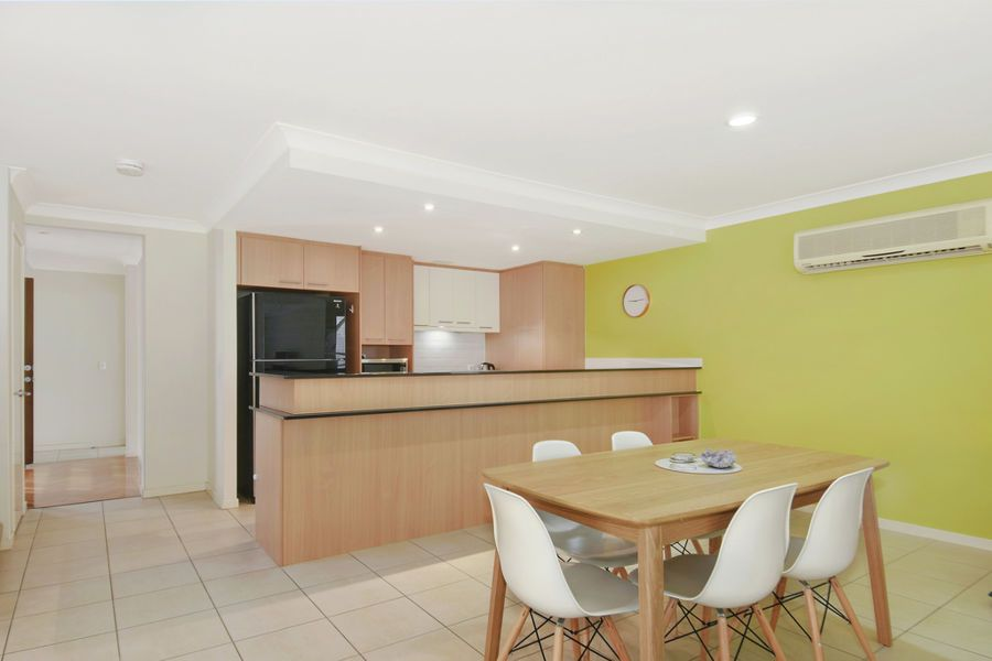 131 5 Easthill Drive, Robina QLD 4226, Image 2