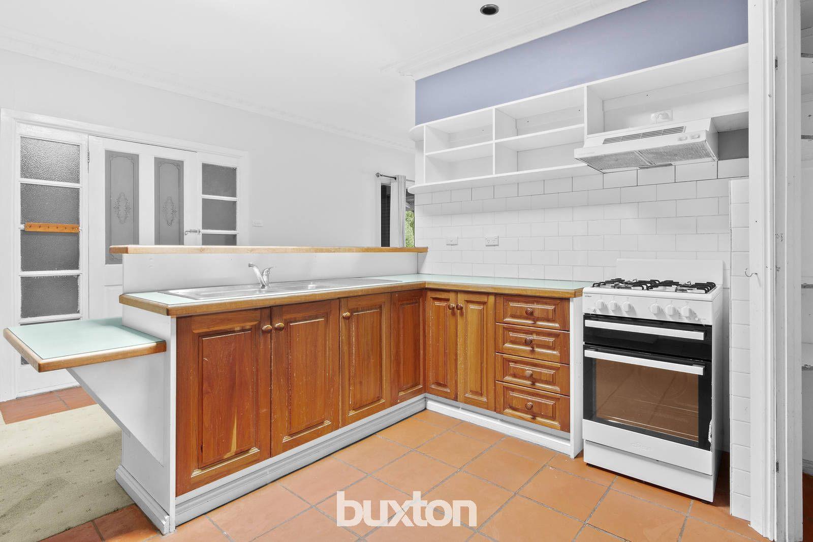 2 Scarlett Street, Geelong West VIC 3218, Image 2
