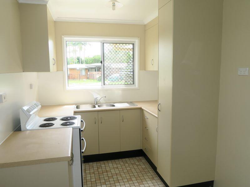 43 Francis Street, Mooroobool QLD 4870, Image 1