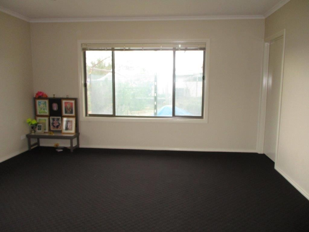 54 Cumming Avenue, Birchip VIC 3483, Image 2