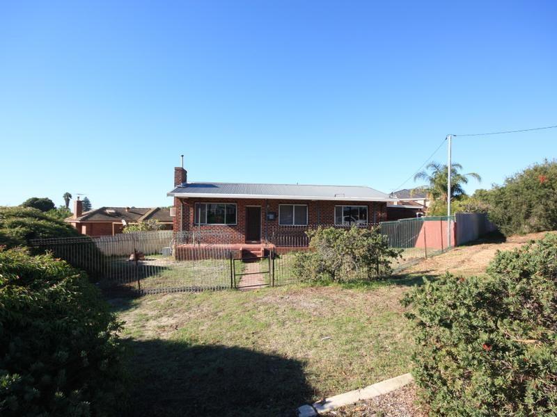 86 Halvorson Road, Morley WA 6062, Image 2
