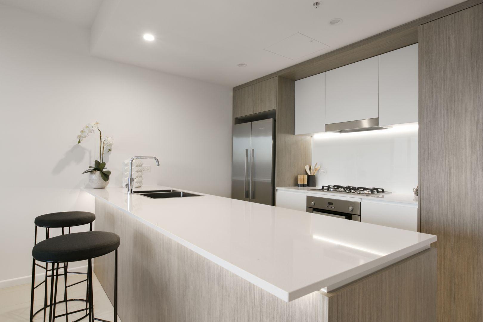 2026/123 Cavendish Road, Coorparoo QLD 4151, Image 2