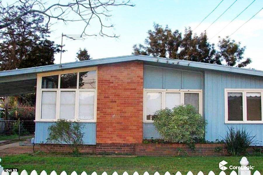 22 Komiatum Street, Holsworthy NSW 2173, Image 0