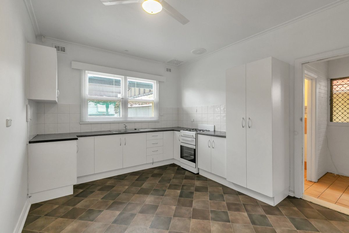 2 Britton Avenue, Tranmere SA 5073, Image 2
