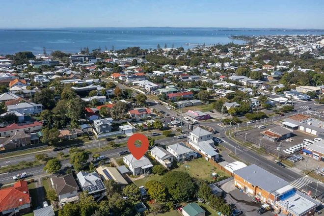 Picture of 334 Tingal Road, WYNNUM QLD 4178