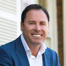 Shane Lindo, Sales representative