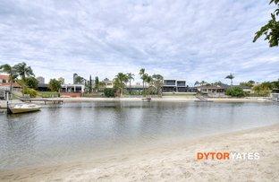 84 Clear Island Rd, Broadbeach Waters QLD 4218