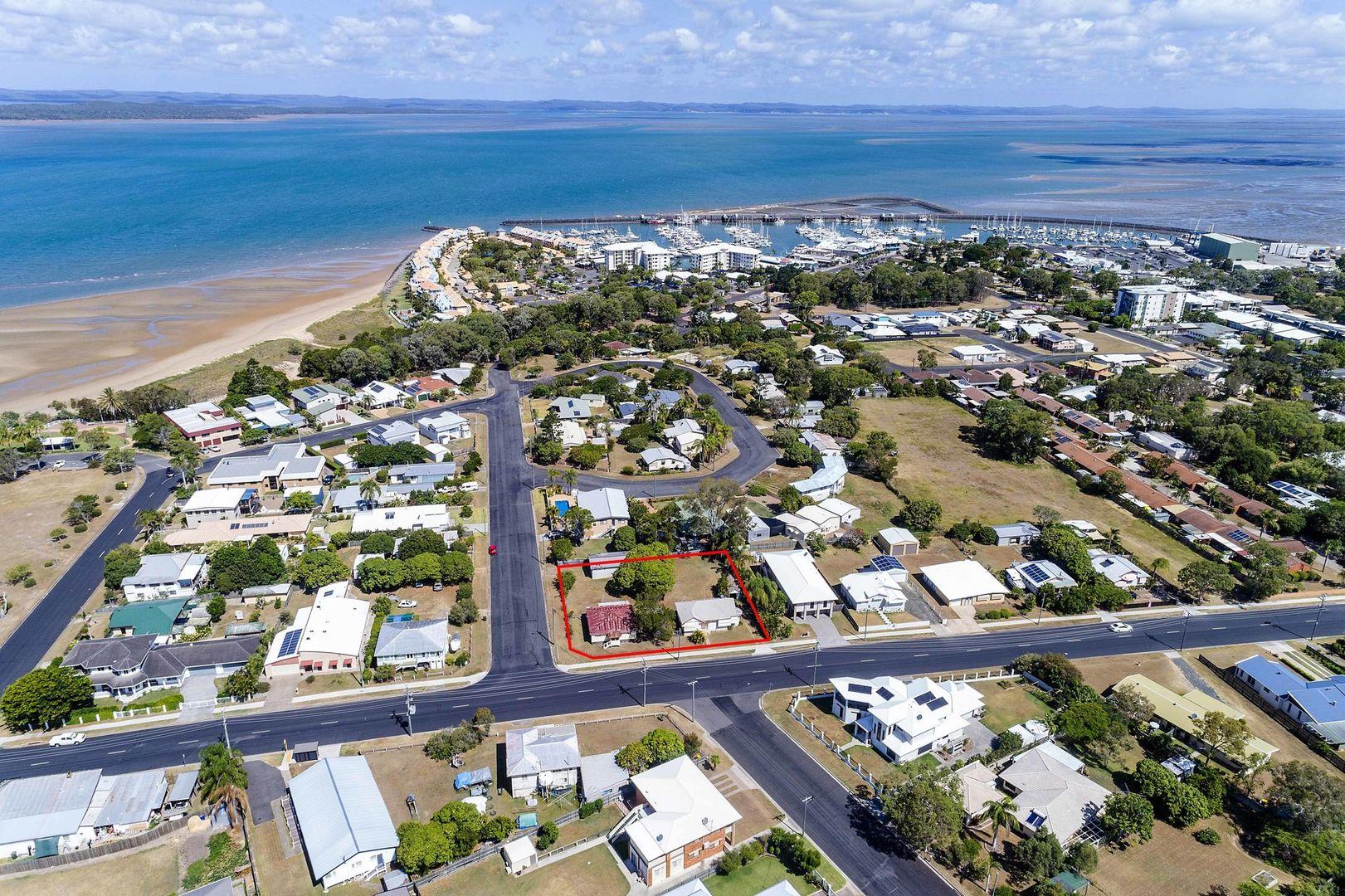 26-28 Pulgul Street, Urangan QLD 4655, Image 2