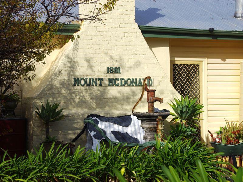 4 Wyangala Via, Cowra NSW 2794, Image 0