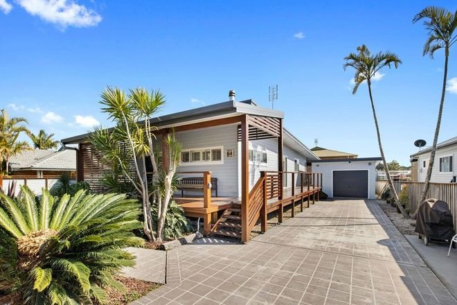 Picture of 9 Main street, CRESCENT HEAD NSW 2440