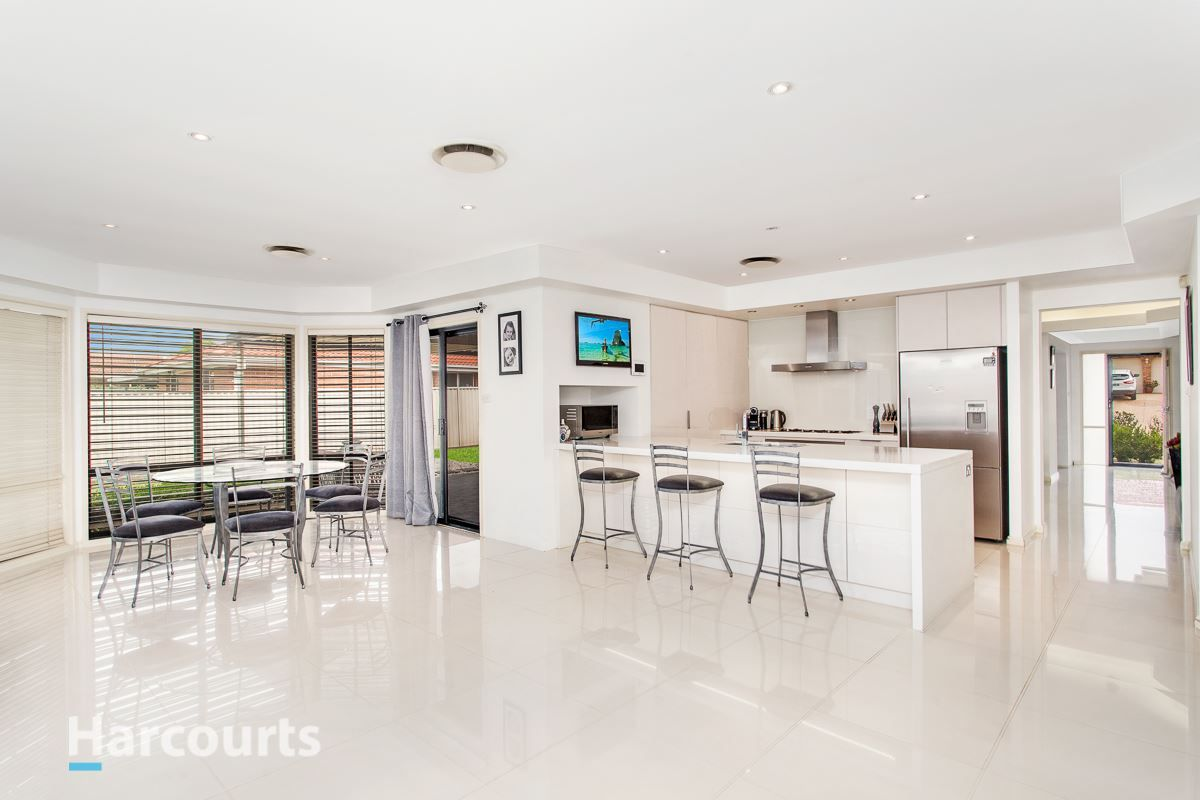 2 Sandalwood Avenue, St Clair NSW 2759, Image 1