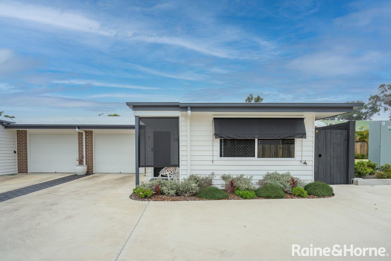 7/235 Torquay Terrace, Torquay QLD 4655, Image 0